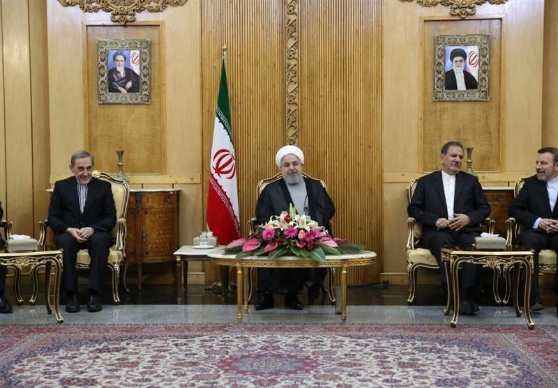 روحانی در مهرآباد: عاملان حمله تروریستی اهواز مجازات میشوند/آمریکا از سازمان ملل سوءاستفاده میکند