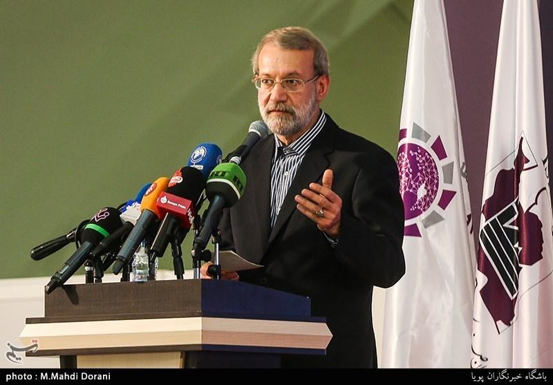 لاریجانی: تولیدکنندگان در تلاطمات اقتصادی نباید دچار مشکل شوند