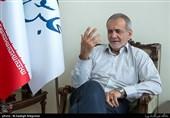 پزشکیان: مجلس به دنبال ممنوعیت فعالیت موسسات مالی است