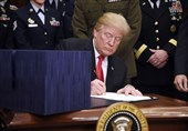 ترامپ مجوز دفاع ملی آمریکا برای سال 2019 را امضا کرد