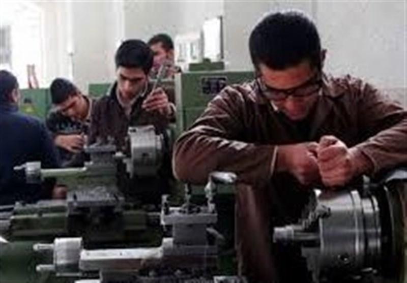 اصفهان| تکمیل پازل اقتصاد با حمایت از صنایع کوچک؛ ظرفیتهایی که برای اشتغال جوانان نادیده گرفته میشود