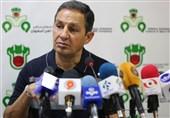 اصفهان| امید نمازی: تلاشمان به اندازهای بود که بتوانیم 10 نفره نتیجه را عوض کنیم/ بازیکنی که تلاش نکند در ذوبآهن جایی ندارد!
