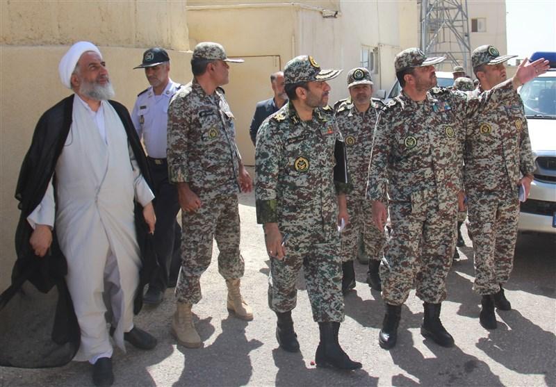بازدید فرمانده قرارگاه پدافند هوایی از مرکز درجه داری اراک