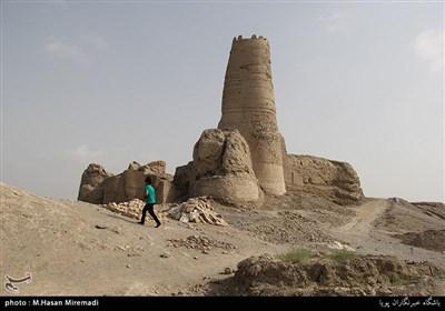 قلعه منوجان کرمان