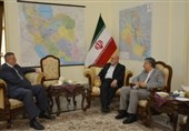 دیدار نماینده سازمان ملل با سفیر ایران در بغداد/ مسجدی: برای تقویت ثبات عراق تلاش میکنیم