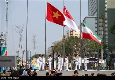 اهتزاز پرچم ایران در دهکده بازیهای آسیایی