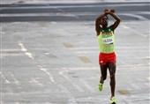 دعوت قهرمان ماراتن المپیک به وطن/ کنارهگیری اجباری قهرمان فرمول یک