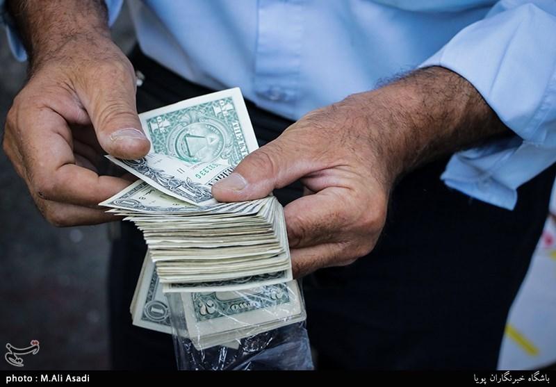 دلار را مردم گران کردند؟
