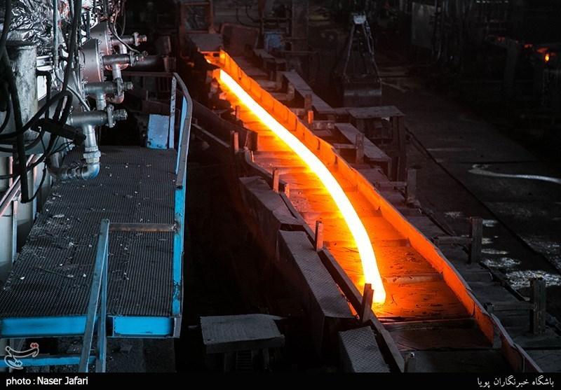 مطالبات کارگران گروه ملی صنعتی فولاد هفته آینده پرداخت میشود