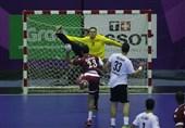گزارش خبرنگار اعزامی تسنیم از اندونزی  باباصفری: نتیجه بازی با قطر را فراموش کنید/ دور بعد با تمام توان بازی میکنیم