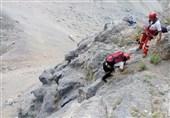 لرستان کوهنوردان گرفتار شده در اشترانکوه نجات یافتند