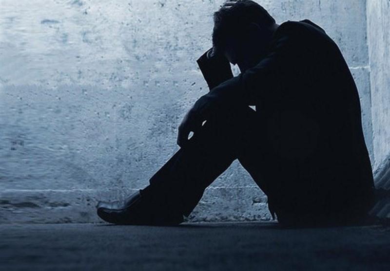 آیا سن افسردگی در ایران پایینتر میآید/ آسیب ویترینی کردن زندگی شخصی در فضای مجازی