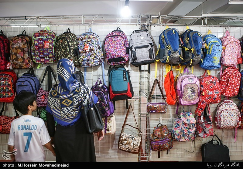 2 هزار و 500 بسته نوشت افزار به دانش آموزان بی بضاعت استان بوشهر اهدا میشود