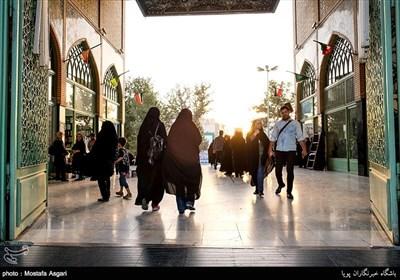 ورودی امام زادگاه جعفر و حمیده خاتون که در محله باغ فیض قرار دارند