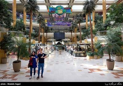 مرکز خرید تیراژه یکی از مراکز خرید مدرن و مجهز تهران است