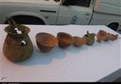 کرمان  کشف اشیاء عتیقه با قدمت 5 هزار ساله توسط پلیس جیرفت