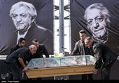 Iranian Actor Entezami Laid to Rest
