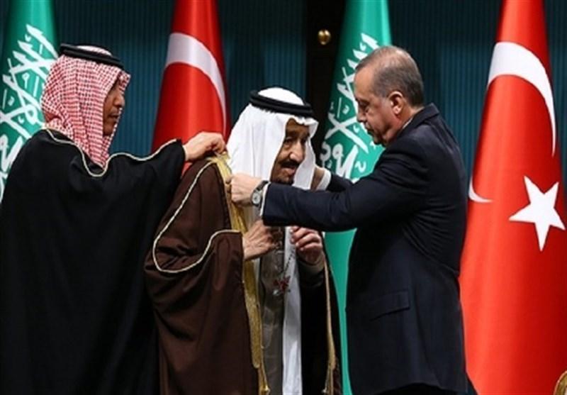 درخواست آکشنر برای پس گرفتن نشان دولت ترکیه از ملک سلمان