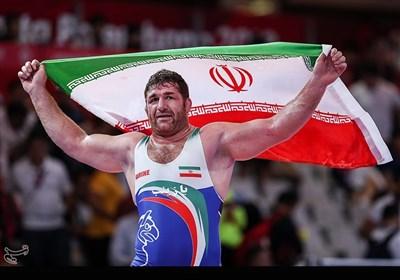 کشتی آزاد قهرمانی جهان| پرویز هادی صاحب گردنآویز برنز شد/ 2 برنز ایران در پایان 4 وزن نخست