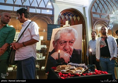 یادبود مرحوم عزت الله انتظامی در موزه سینما