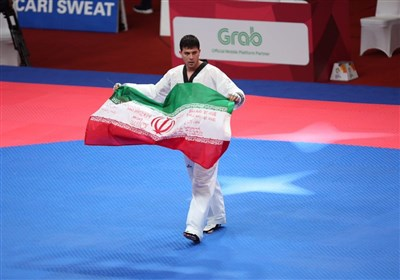 Iran's Taekwondo Athlete Rajabi Snatches Gold in Asian Games