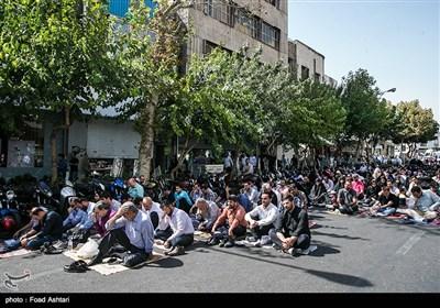 مراسم دعای عرفه در خیابان سعدی تهران