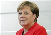 Merkel Warns of Populists' Rise in Europe