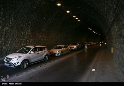 ترافیک در آزادراه تهران ـ شمال/ افزایش تردد در محورهای شمالی