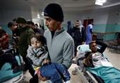 Siyonist Güçlerin Açtığı Ateş Sonucu 240 Filistinli Yaralandı