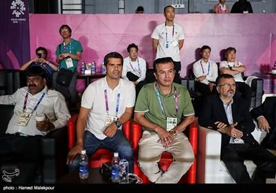حضور حمید استیلی و هادی ساعی در سالن دیدار تیمهای ملی کبدی مردان ایران و کره جنوبی - فینال بازیهای آسیایی 2018