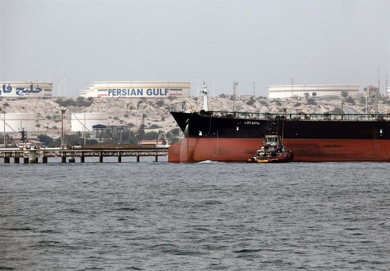 Iran's Tanker Fleet Gives Oil-Export Lifeline as Sanctions Loom