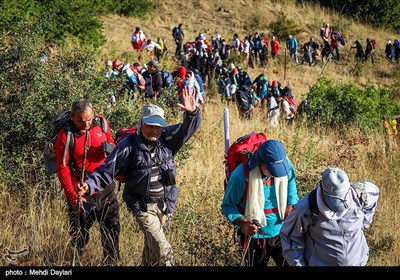 سومین صعود سراسری کارگران کوهنورد کشور به قله فندقلو