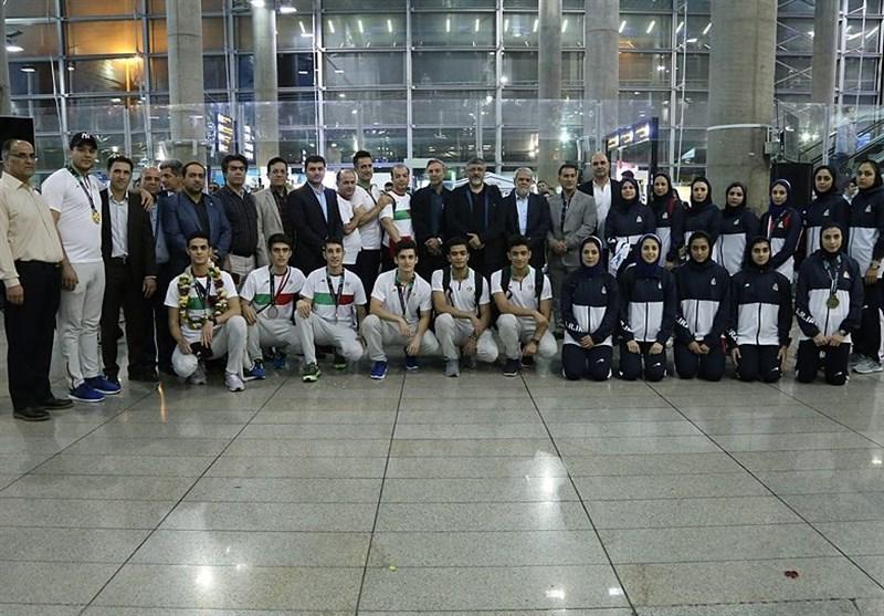 بازیهای آسیایی 2018| ملیپوشان تکواندو به ایران بازگشتند