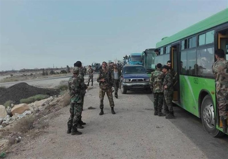 Syrian Army Mobilize Troops Southeast of Idlib for Battle against Terrorists (+Photos, Video)
