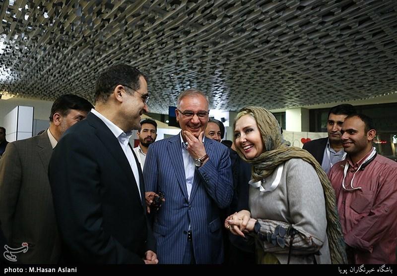 قاضی زاده هاشمی وزیر بهداشت ، ایازی وکتایون ریاحی بازیگر