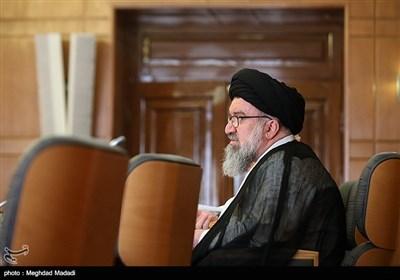 امام جمعه موقت تهران: گرانی امروز تلاش دشمن برای شکست نظام است