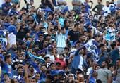 حاشیه دیدار استقلال - السد| حضور 60 هزار نفر به همراه 2 پرسپولیسی و فیلمبرداری ژاوی از هواداران + تصاویر