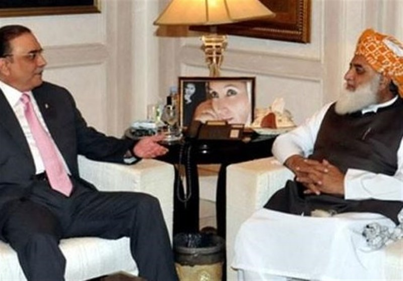 متفقہ صدارتی امیدوار پر راضی کرنے کیلئے فضل الرحمان کی آصف زرداری سے ملاقات