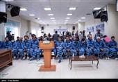 حضور تعدادی از متهمان پروندههای اخلال ارزی و موبایل در دادگاه انقلاب