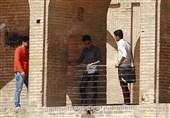 اصفهان| سیوسه پل بیدفاع در مقابل حفاظهای کابلی