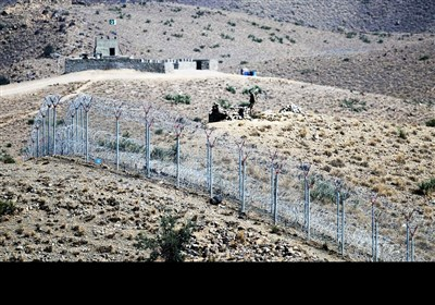پاک_افغان سرحد کی نگرانی