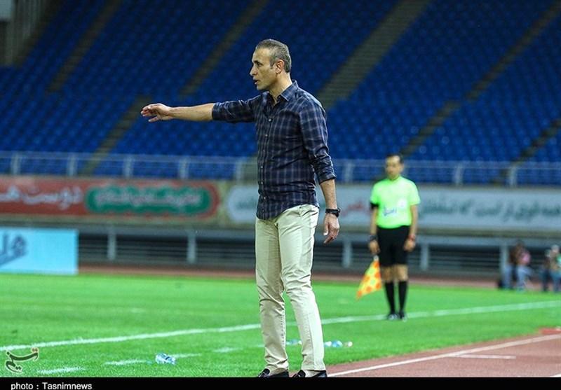 مشهد| یحیی گلمحمدی: خطر کسر امتیاز برطرف شد/ دست بازیکنان پدیده را میبوسم، آنها در این 4 ماه سنگ تمام گذاشتند