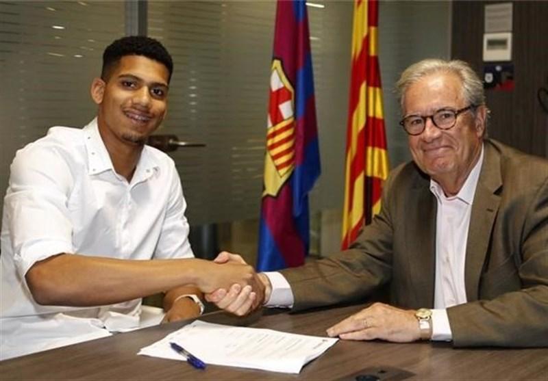 برشلونة یعلن عن تعاقده مع لاعب جدید