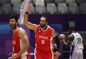 حامد حدادی: فعلاً کدورتها را کنار میگذارم و میآیم/ مشکلات را حل نکنیم و متحد نباشیم ضرر میکنیم