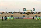 بوشهر| پیروزی پارس جنوبی جم در برابر تیم سپاهان اصفهان در نیمه نخست