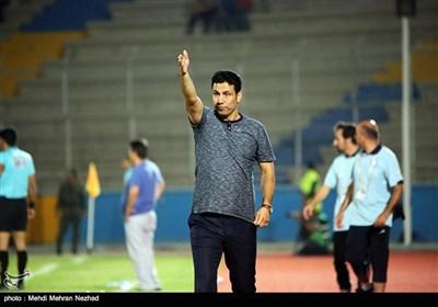 دیدار فوتبال تیم های پارس جنوبی جم و سپاهان اصفهان