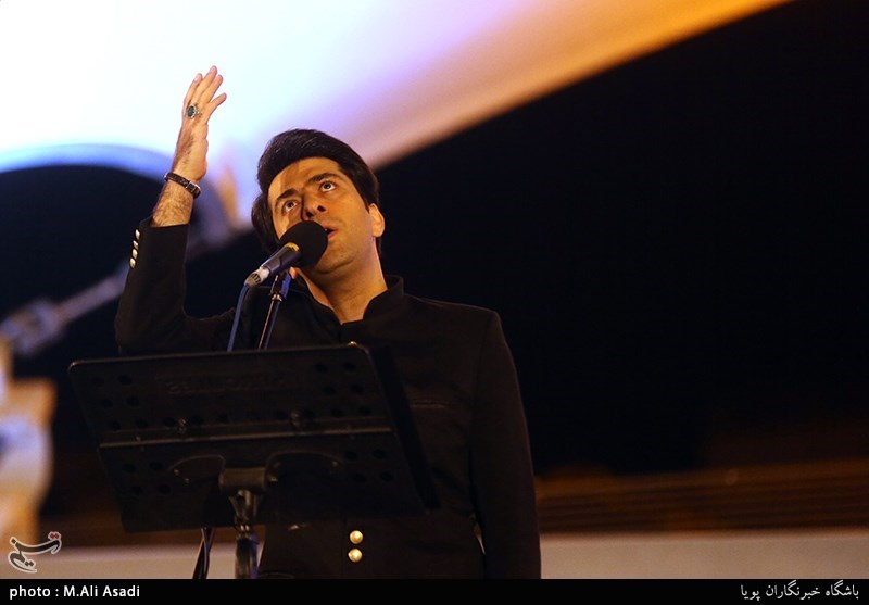 """محمد معتمدی: """"کنسرت خیابانی"""" واژه درستی نیست / هر هنرمند سالی یک کنسرت رایگان برگزار کند"""