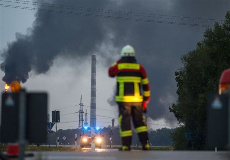 Eight Hurt in Blast, Blaze at German Refinery: Police