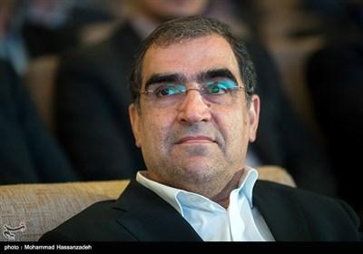 حسن قاضی زاده هاشمی وزیر بهداشت در نخستین جشنواره ملی تجارب موفق بیمارستانی