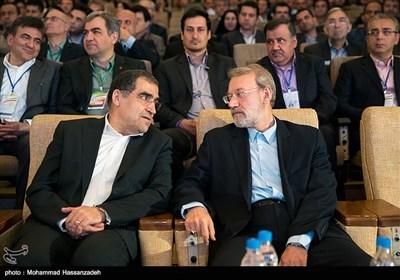 علی لاریجانی رئیس مجلس و حسن قاضی زاده هاشمی وزیر بهداشت